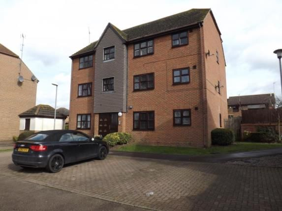 Thumbnail Flat for sale in Abridge, Essex