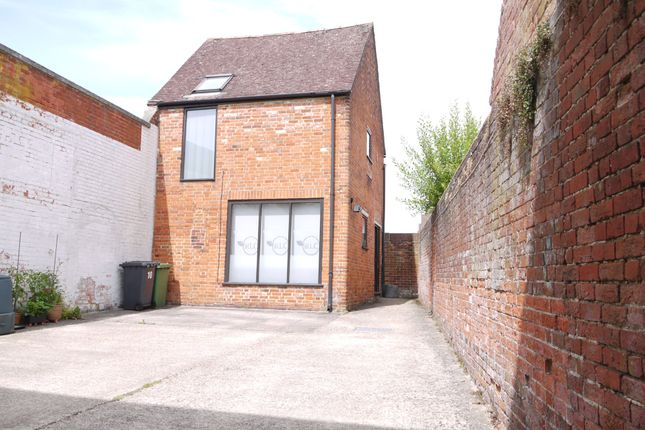 Thumbnail Office to let in Normandy Street, Alton