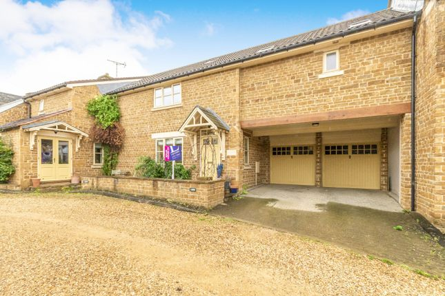 Thumbnail Detached house to rent in Stable Yard, Caldecott, Market Harborough