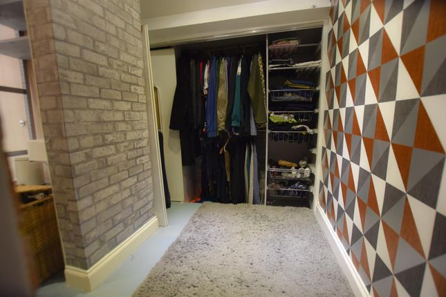 Dressing Room of Dulverton Road, Leicester LE3