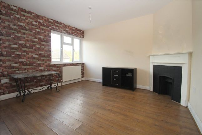 Thumbnail Flat for sale in Brighton Road, Hooley, Coulsdon, Surrey