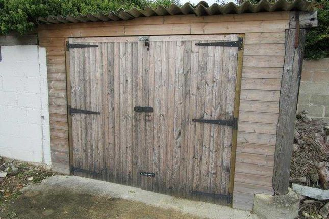 Commercial property to let in Warrens Cross, Lechlade
