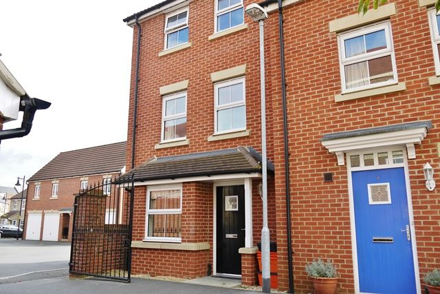 Thumbnail End terrace house to rent in Mycroft Road, Swindon