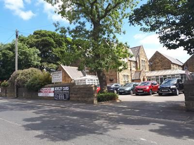 Photo 2 of Stone Gables Care Home, Street Lane, Gildersome, Morley, Leeds, West Yorkshire LS27
