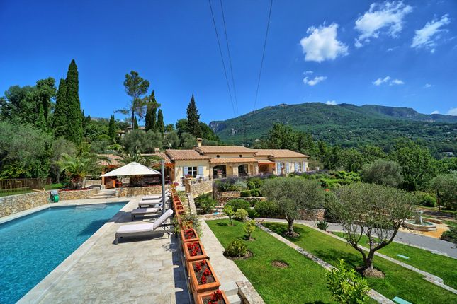Thumbnail Property for sale in Le Bar Sur Loup, Alpes Maritimes, France