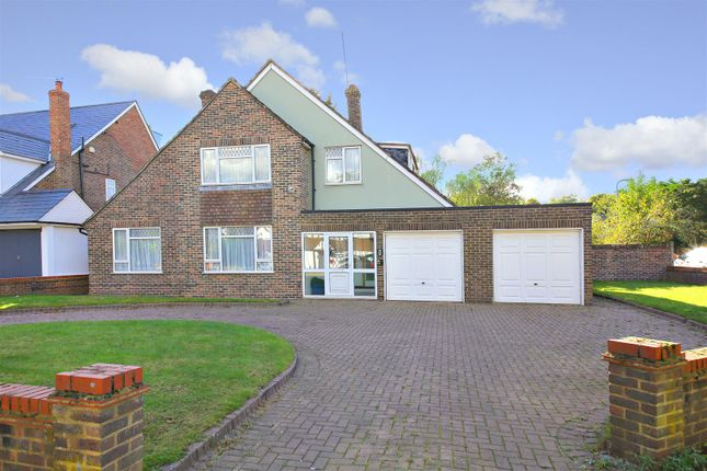 3 bed detached house for sale in Links Drive, Elstree, Borehamwood
