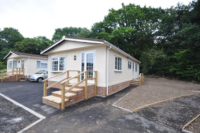 Mobile Park Home To Rent In Emms Lane Brooks Green Horsham