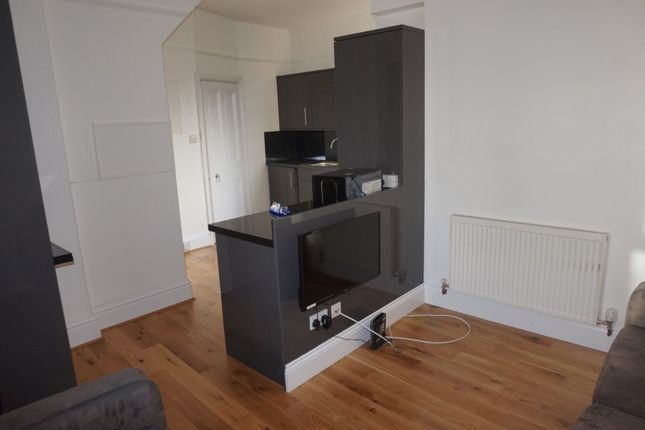 Thumbnail Town house to rent in Restormel Terrace, Near The Uni Gym, Plymouth