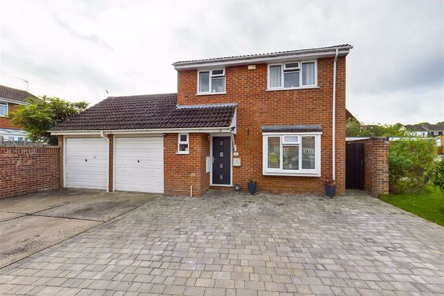 4 bed link-detached house for sale in Burnsall Close, Worcester WR4