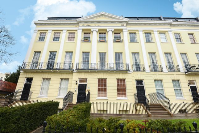 Thumbnail Flat to rent in Flat 4, Grosvenor House, 13-19 Evesham Road