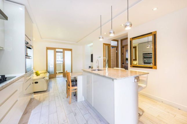 Thumbnail Maisonette for sale in Oxford Road North, Chiswick