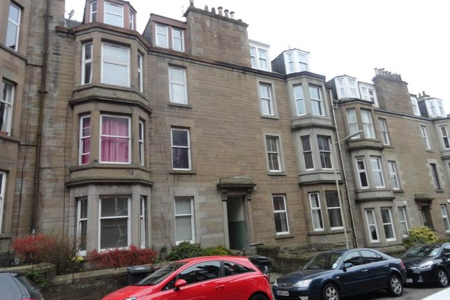 Flat to rent in Bellefield Avenue, Dundee