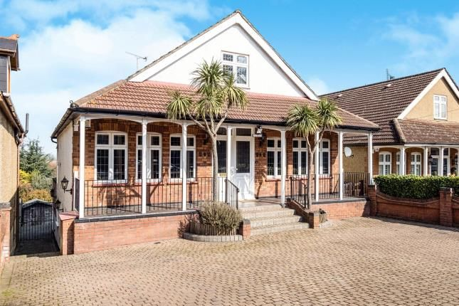 Thumbnail Bungalow for sale in Manor Road, Chigwell