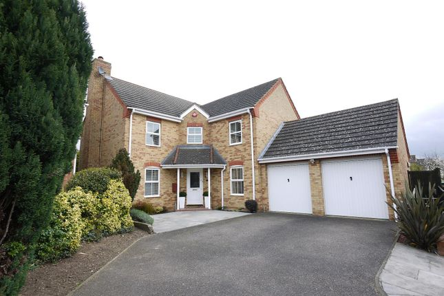Thumbnail Detached house for sale in Wells Close, Cheshunt, Waltham Cross