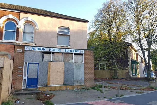 Thumbnail Commercial property for sale in Hainton Avenue, Grimsby