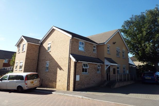 Thumbnail Flat to rent in St. Stephens Crescent, Chadwell St. Mary, Grays