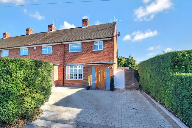 Thumbnail Property for sale in Hill Farm Avenue, Leavesden, Watford