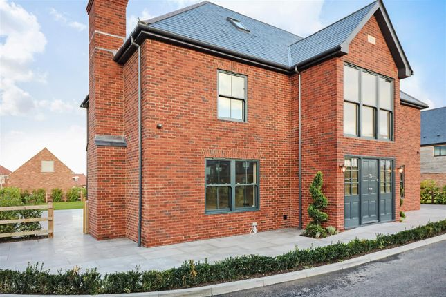 Thumbnail Detached house for sale in 1 Clay Court, Near Sandwich