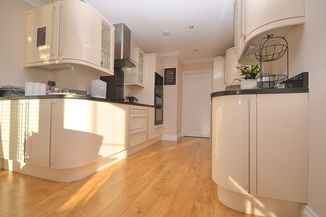 Thumbnail Property to rent in St Marys Lane, Upminster
