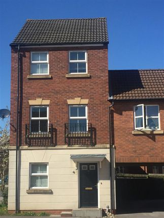 Thumbnail Town house to rent in High Hazel Drive, Mansfield Woodhouse, Mansfield