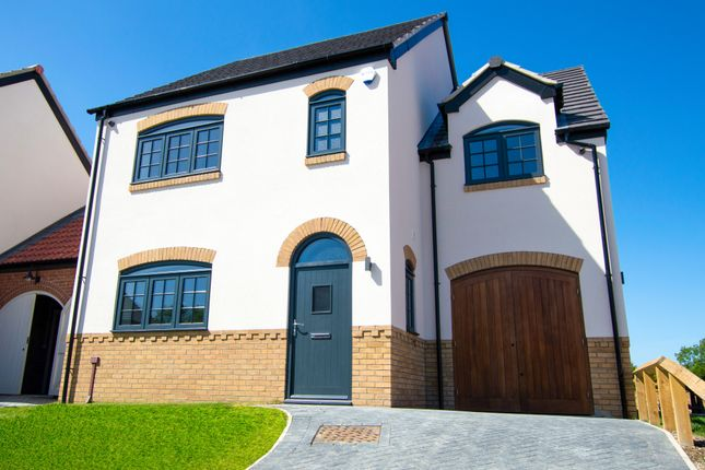Thumbnail Detached house for sale in Pymhurst Crescent, Hull, Yorkshire