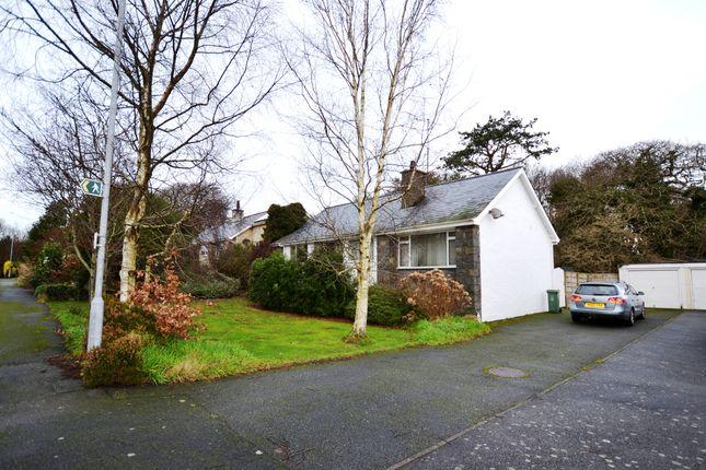 Thumbnail Detached bungalow for sale in Glyn Y Mor, Llanbedrog
