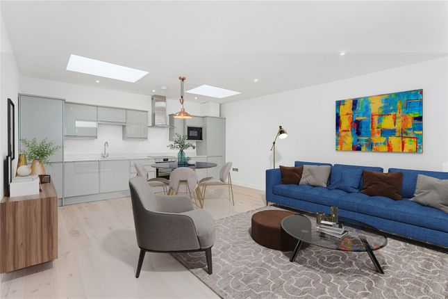 Thumbnail Terraced house for sale in Willow Vale, London