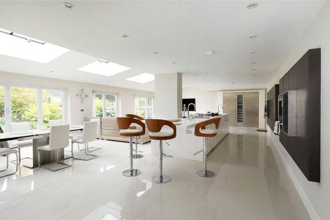 Thumbnail Detached house for sale in Greenoak Way, Wimbledon