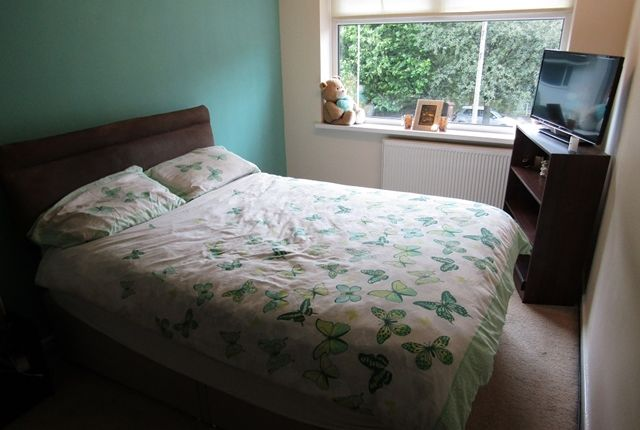 Bedroom 1 of Glenwood Drive, Middleton, Manchester M24