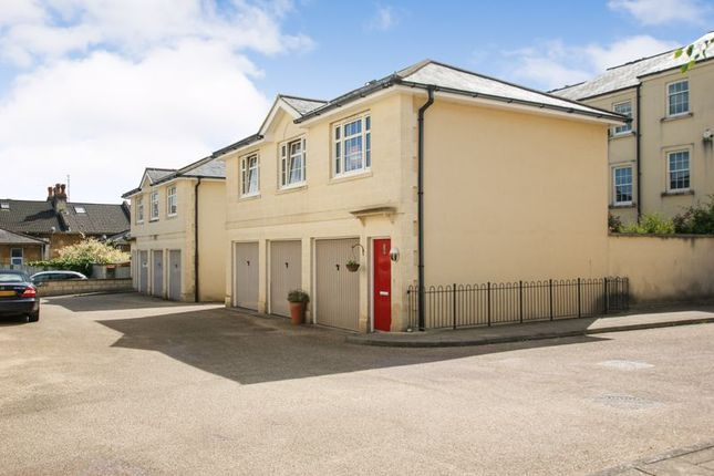 2 bed flat to rent in Horstmann Close, Bath BA1