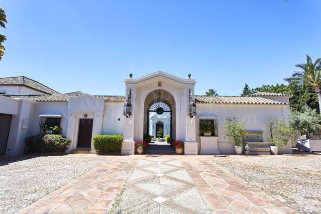 Thumbnail Villa for sale in Guadalmina Baja, San Pedro De Alcantara, Malaga, Spain