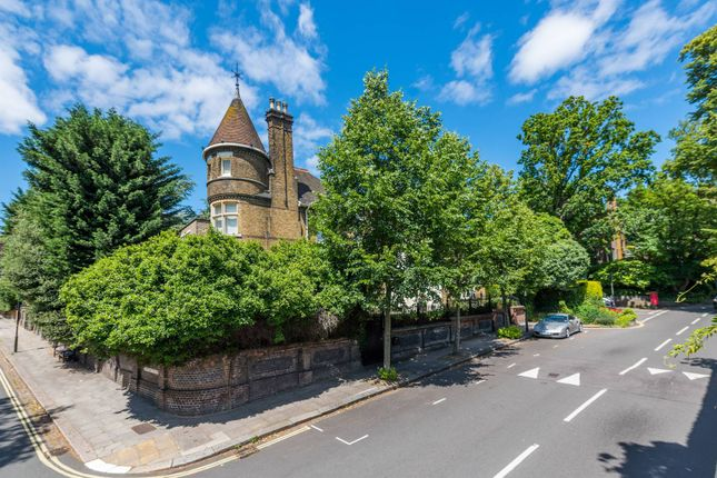 Property to rent in Frognal, Hampstead, London