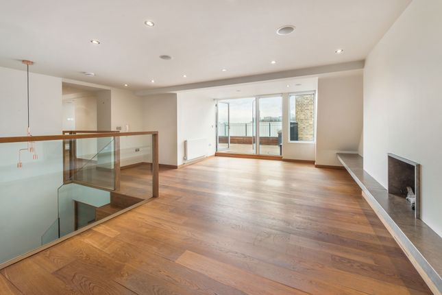 Duplex to rent in Elm Park Gardens, South Kensington