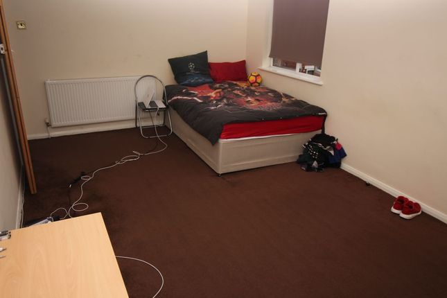 Thumbnail Property to rent in Blossom Square, Portsmouth