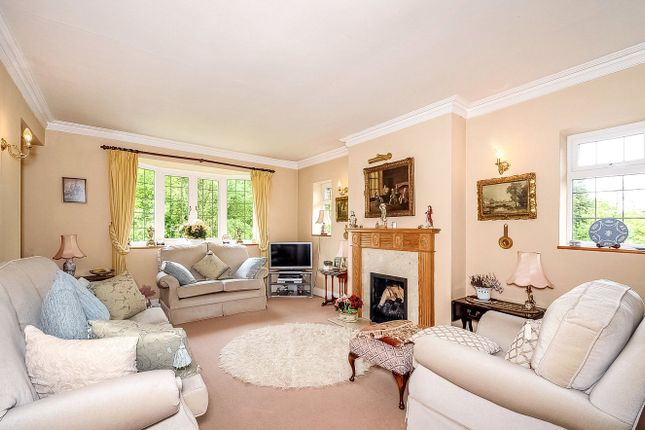 Thumbnail Maisonette for sale in Rectory Close, Stanmore, Middlesex