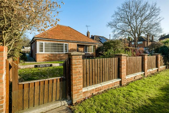Thumbnail Detached bungalow for sale in The Walks East, Huntingdon