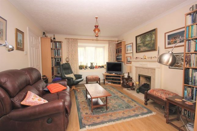 Lounge of Thistle Close, Woolwell, Plymouth PL6