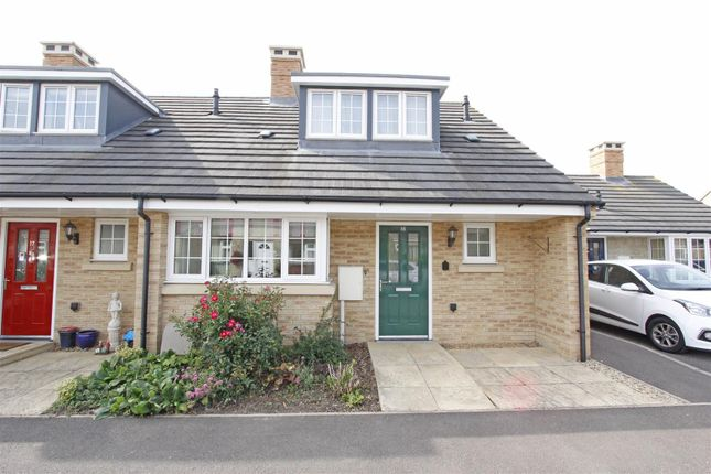 Thumbnail Terraced bungalow for sale in Charles Close, Bourne