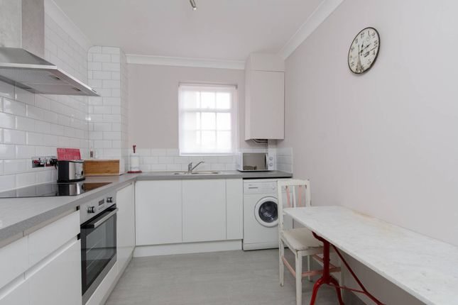 Thumbnail Flat to rent in Sheen Lane, East Sheen
