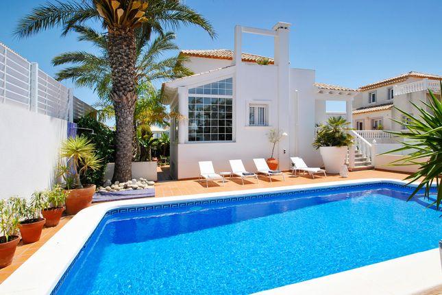 Thumbnail Villa for sale in Marina Villas, La Marina, Alicante, Valencia, Spain