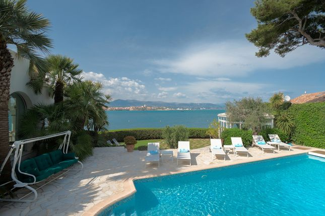 Thumbnail Villa for sale in Cap D'antibes, French Riviera, France