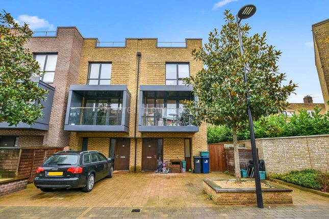 Thumbnail Town house for sale in Sir Alexander Close, Acton