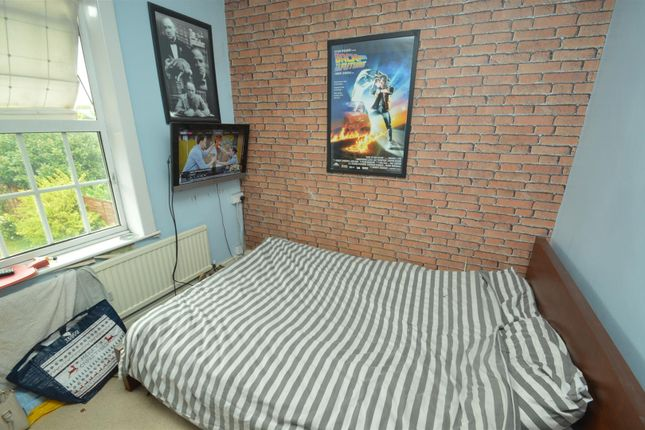 college street long eaton nottingham ng10 4 bedroom end