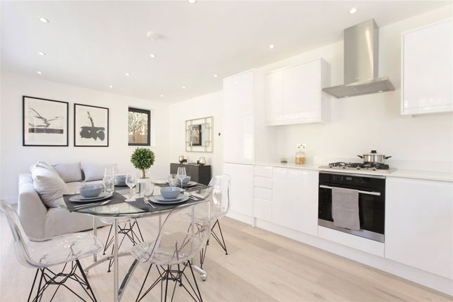 Thumbnail Property for sale in Lawrence Mews, Vauxhall, London