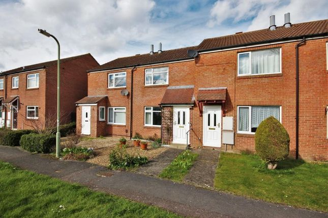 Thumbnail Terraced house to rent in Princess Gardens, Grove, Wantage