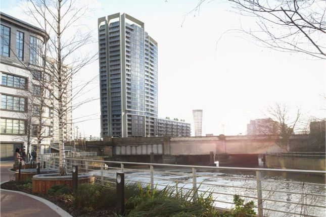 Thumbnail Flat for sale in Meesons Wharf, High Street, London