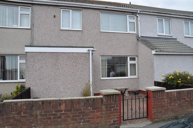 Thumbnail Property to rent in Ffordd Beibio, Holyhead