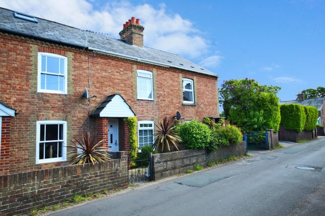 Thumbnail Terraced house to rent in North Street, Pennington, Hampshire
