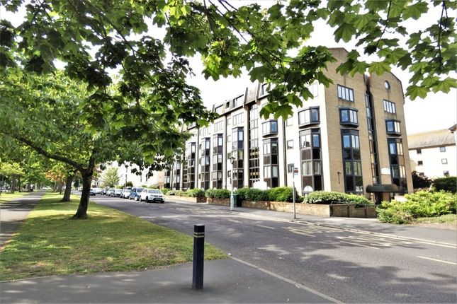 Flat for sale in Castle Hill Avenue, Folkestone