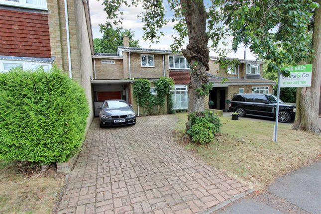 Thumbnail Link-detached house for sale in Gravel Hill Terrace, Boxmoor, Hertfordshire